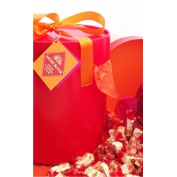 Boîte Cadeau Nougat blanc et Coeur de cerise